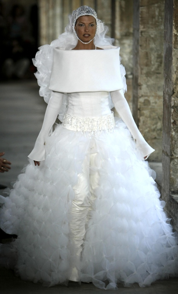 Linda Evangelista In The Wedding Dress At The Chanel Couture Fashion Show By Karl Lagerfeld