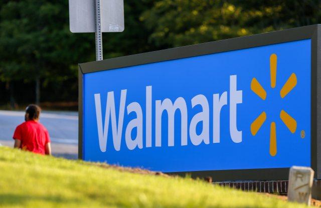 Walmart succeeded in breaking up groups of plaintiffs in gender discrimination suits federal court in Florida.