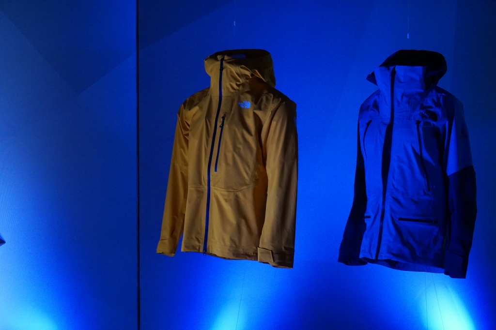 the north face ces textiles outerwear