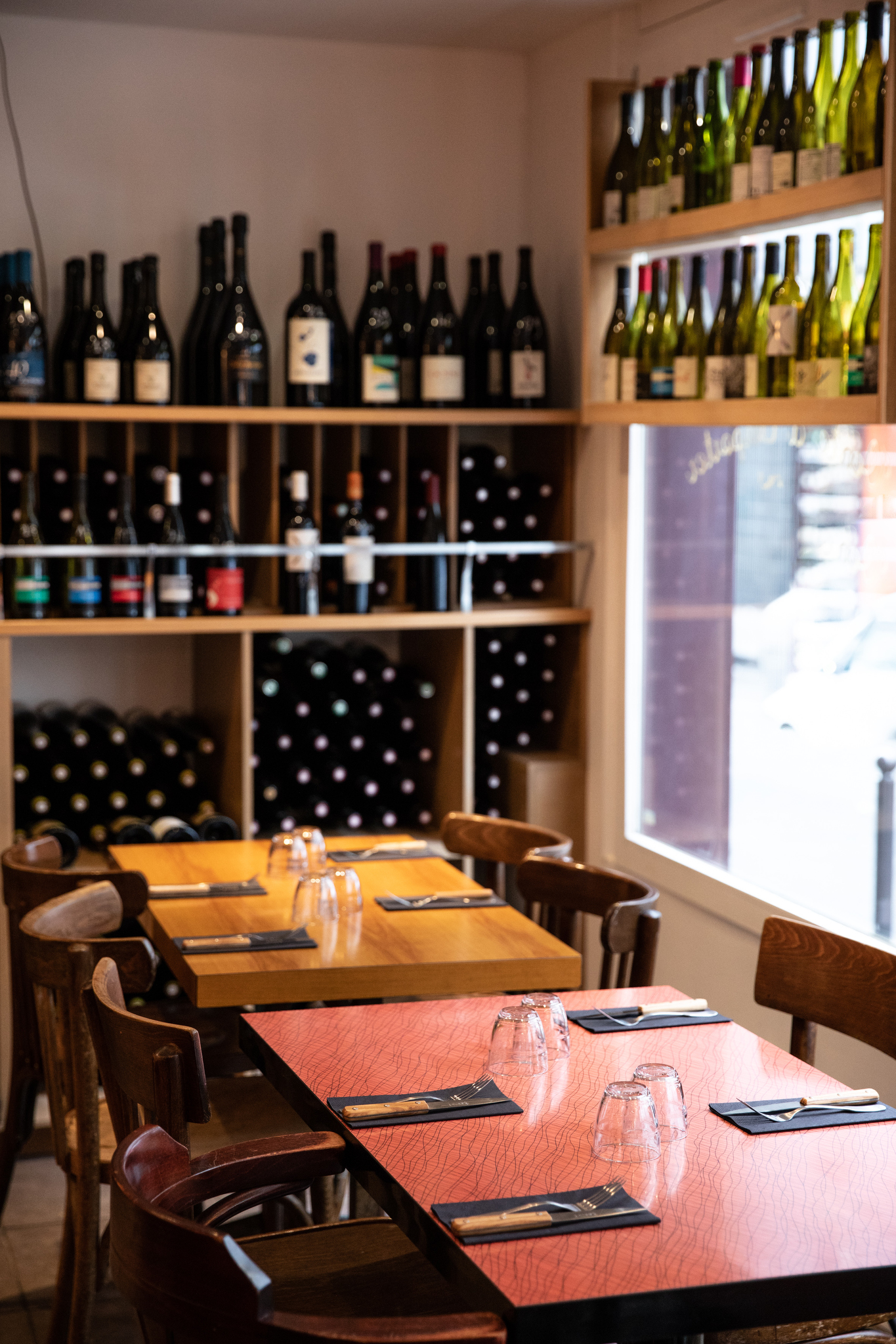 A La Vierge is a new restaurant and wine bar just around the corner form the Père Lachaise cemetery.