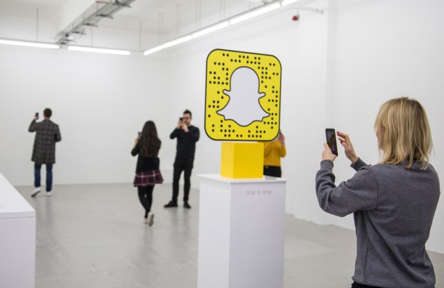 Lego and Snapchat team up for a clothing pop-up store in London that features no physical clothes.