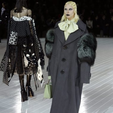 Us Singer Lady Gaga Presents Creations by Us Designer Marc Jacobs at the New York Fall Fashion Week in New York New York Usa 18 February 2016 the Fall 2016 Collections Are Presented From 11 to 18 February United States New YorkUsa New York Fashion Week - Feb 2016