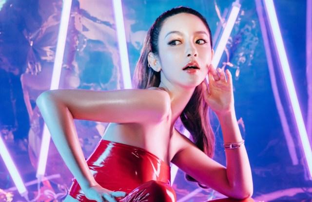BIGEVE Zhang Dayi  x Captain Marvel Campaign