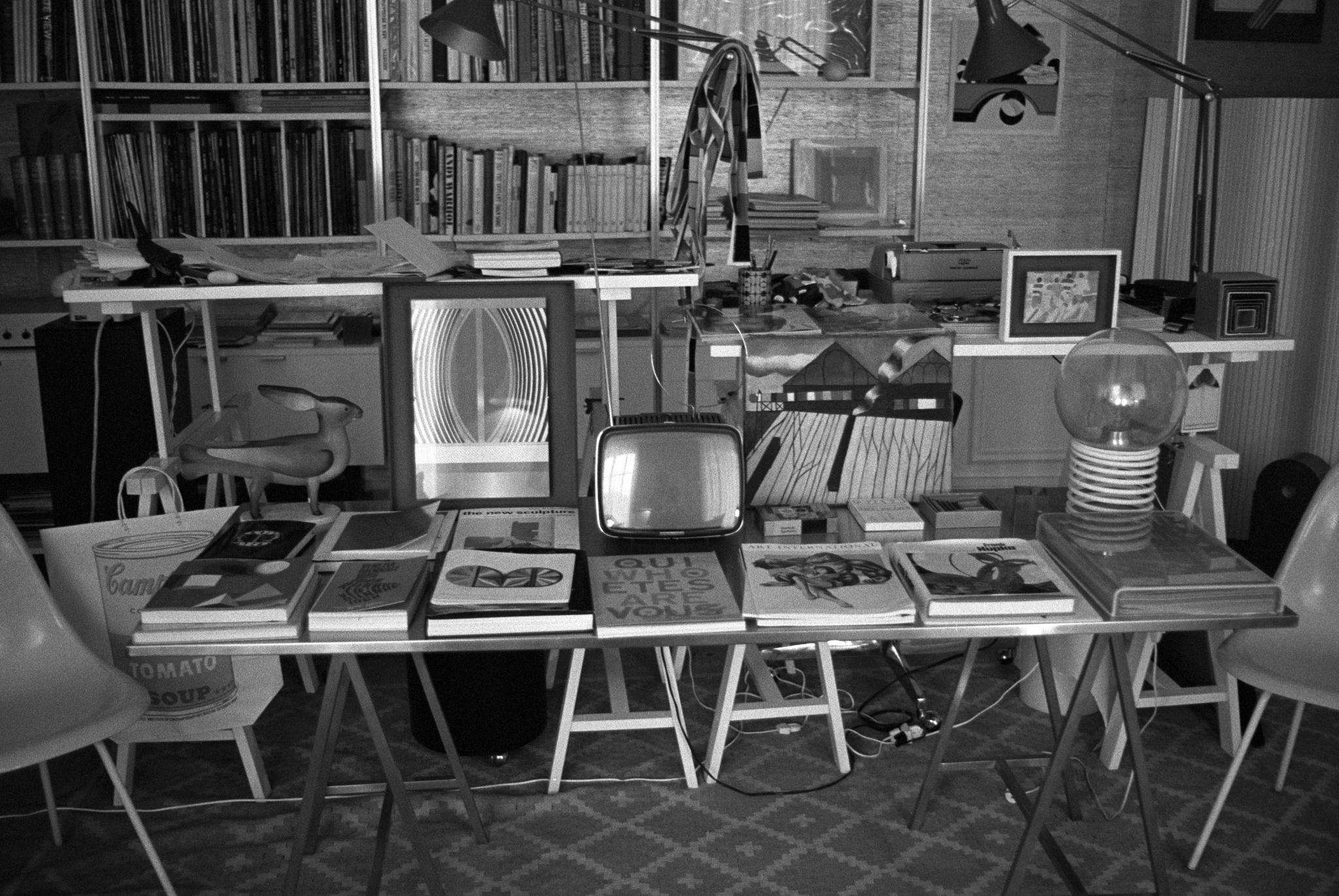 Library of books in Karl Lagerfeld's Paris apartmentKarl Lagerfeld, Paris