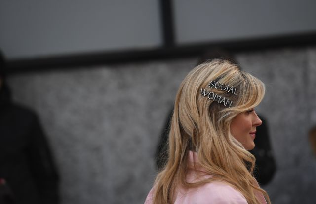Street Style Fall 2019 Trends: Hair Accessories