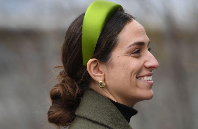Headband Fashion Trend 2019 Street Style Stars Wear Hair Accessories Wwd