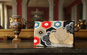 Kyomai clutches and handbags are made from vintage Japanese kimono sashes.