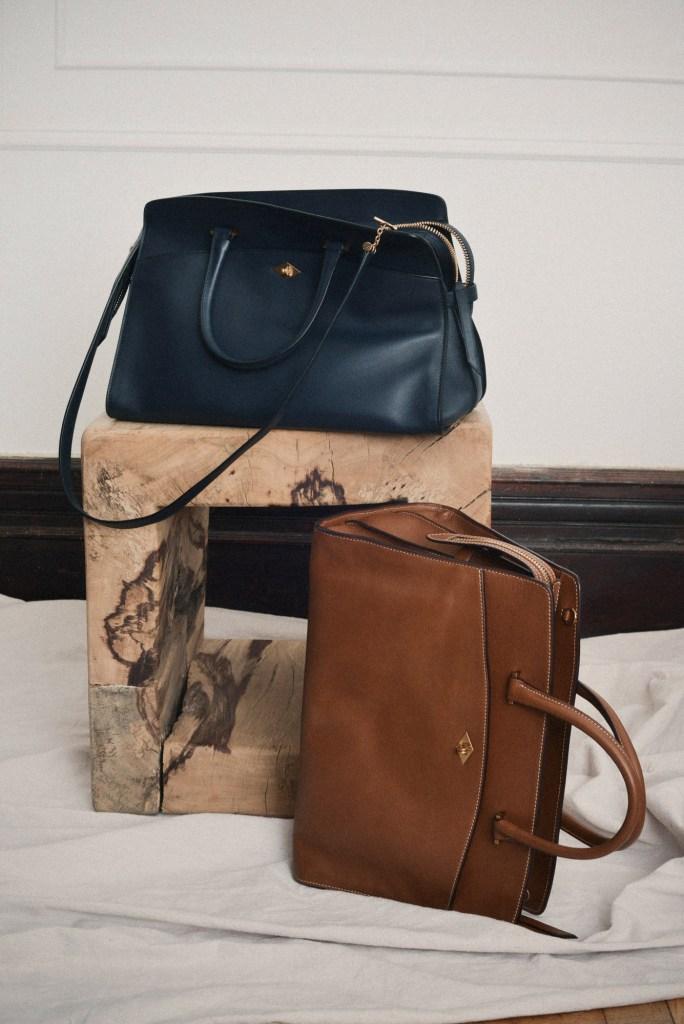 Métier's signature 'Private Eye' bag