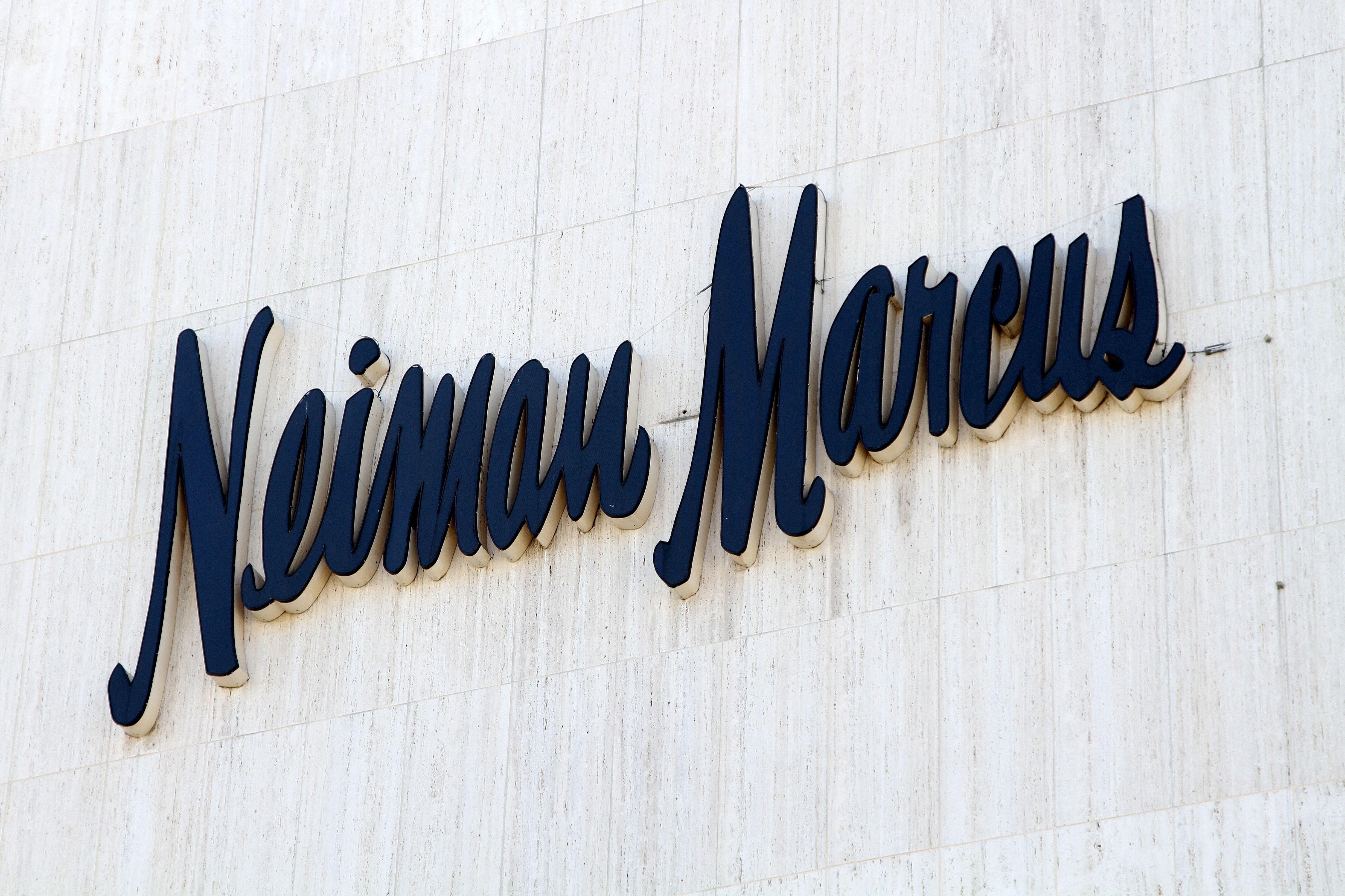 Neiman MarcusShop signs, Los Angeles, America - 04 Apr 2015