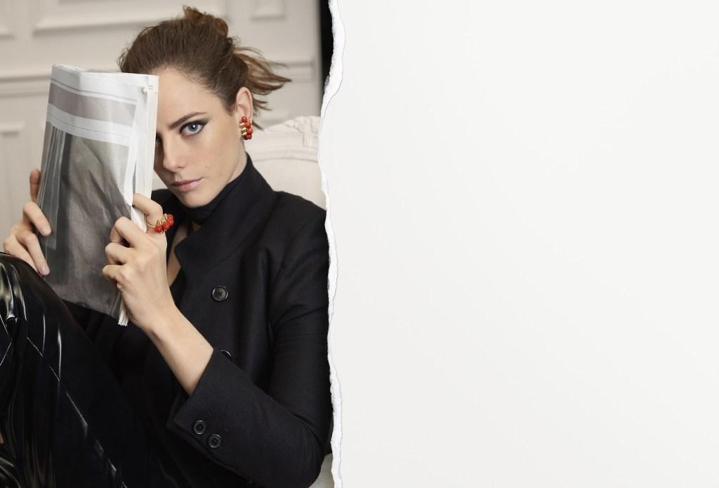 Kaya Scodelario in a Clash de Cartier campaign image.