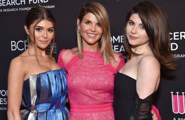 Olivia Jade, Lori Loughlin, Bella Giannulli, college admissions scandal