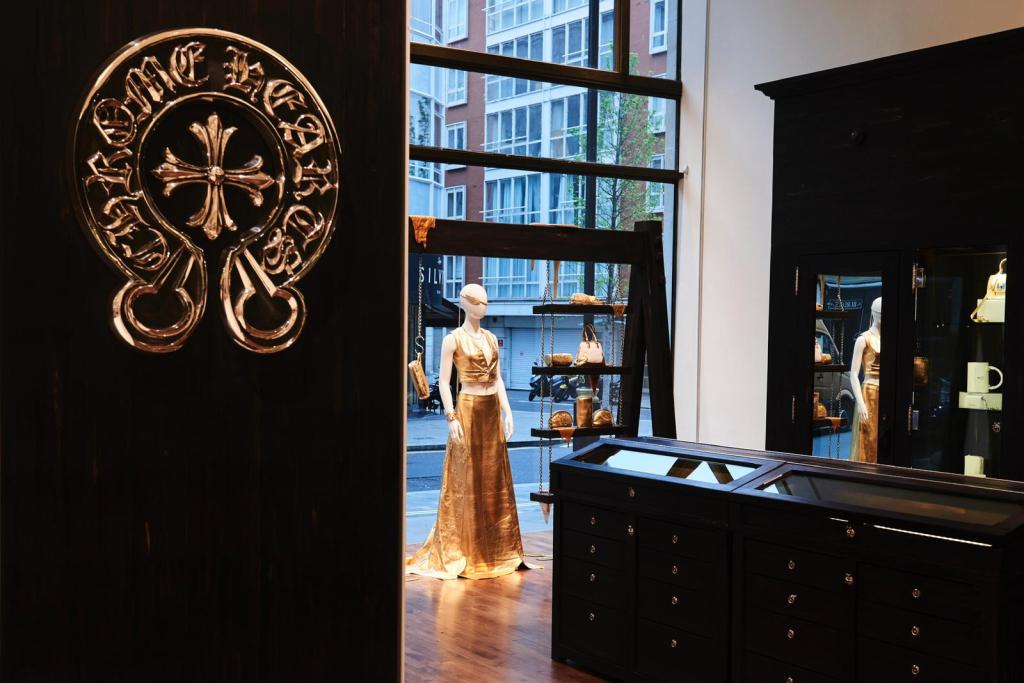 The Chrome Hearts window paying homage to Pat McGrath