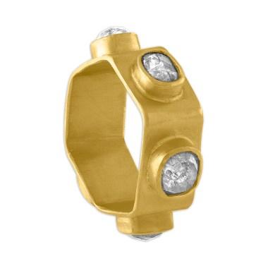 Prounis diamond ring.