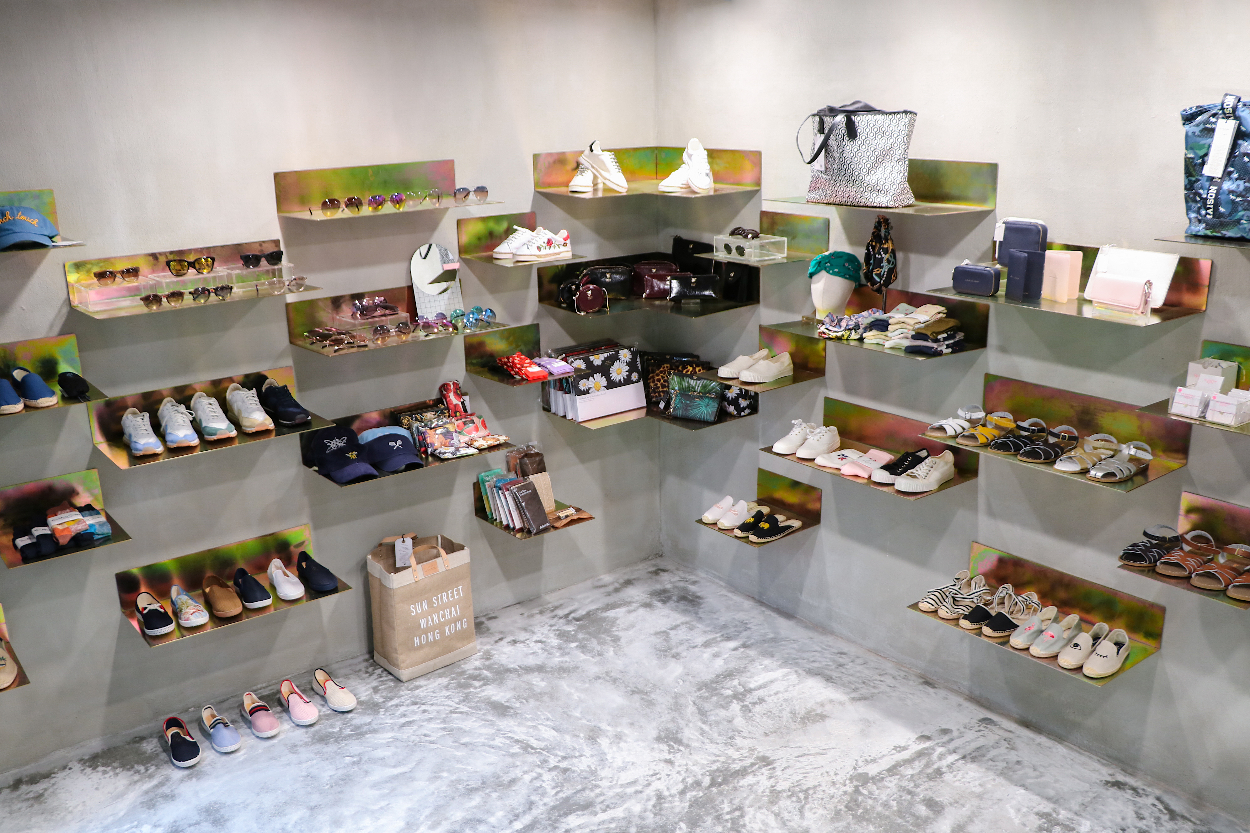 Kapok sells items that are affordable yet premium niche brands such as Common Projects and Veja sneakers.