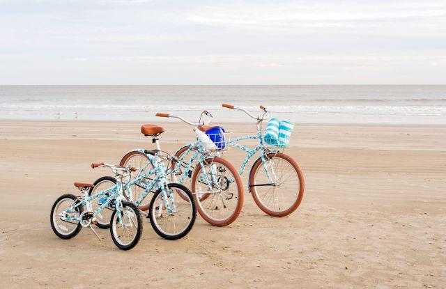 The Peter Millar beach cruisers.