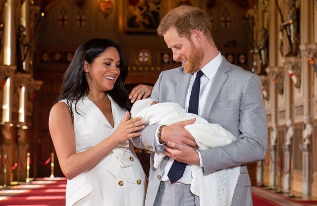 prince harry and meghan share first images of newborn son archie wwd https wwd com fashion news fashion scoops baby sussex gets his first close up at windsor castle 1203126396