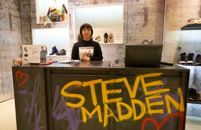 Steve Madden uses Multimedia Plus technology to enable stronger field teams.