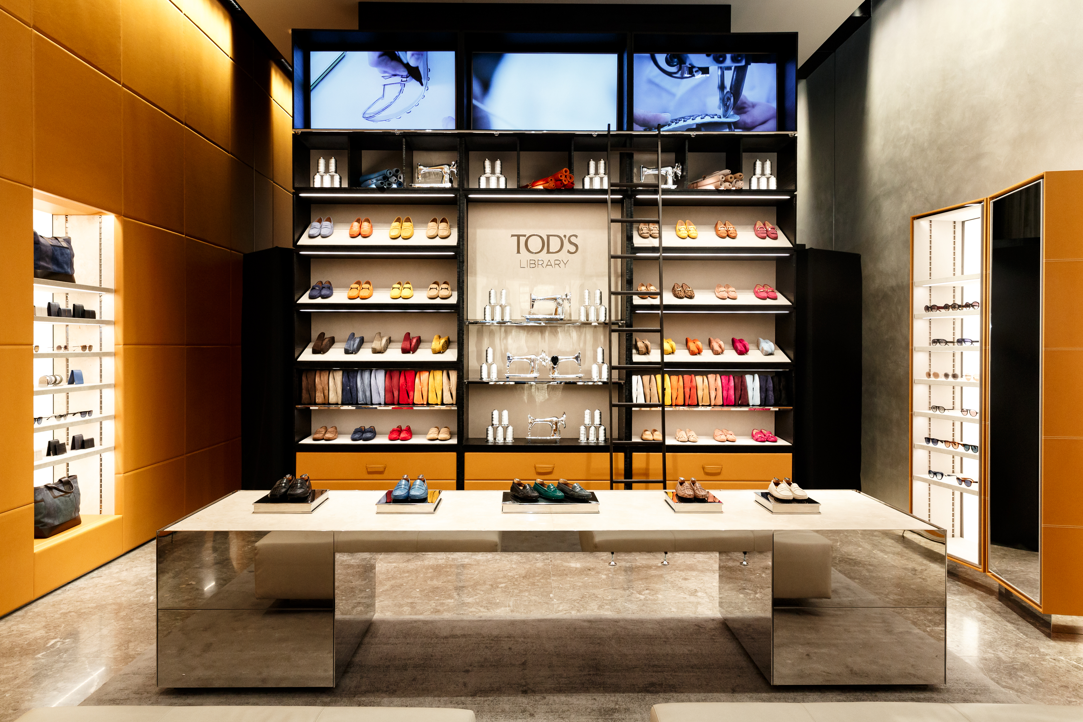 Tod's Library.