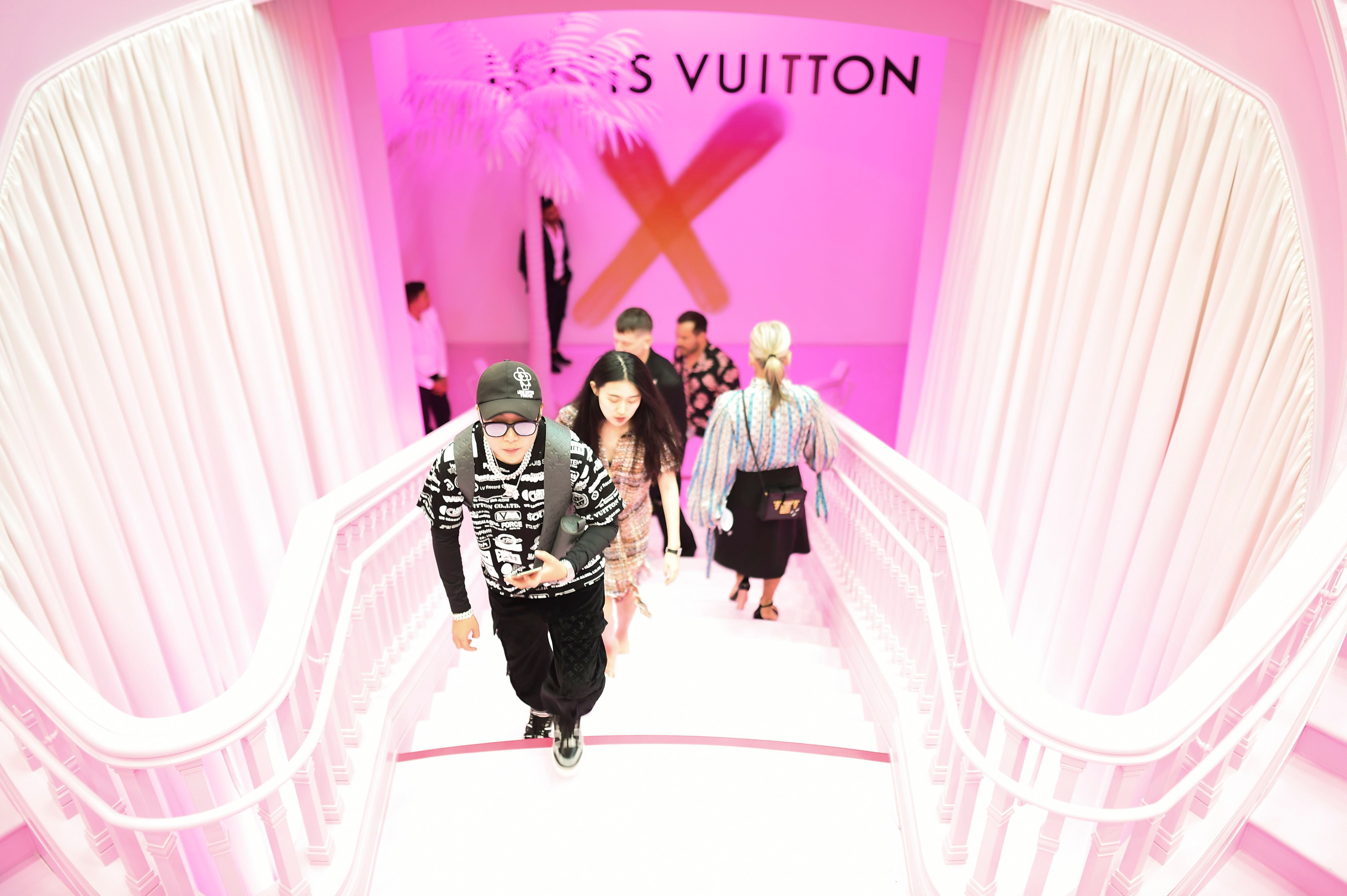 AtmosphereOpening of Louis Vuitton X Cocktail Party, Inside, Los Angeles, USA - 27 Jun 2019