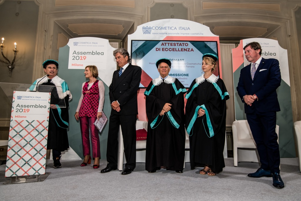 Dario Ferrari awarded by the University of Ferrara for his contribution to the cosmetic industry.