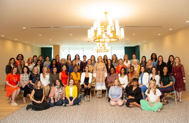 Tory Burch and the 50 Tory Burch Foundation Fellows.
