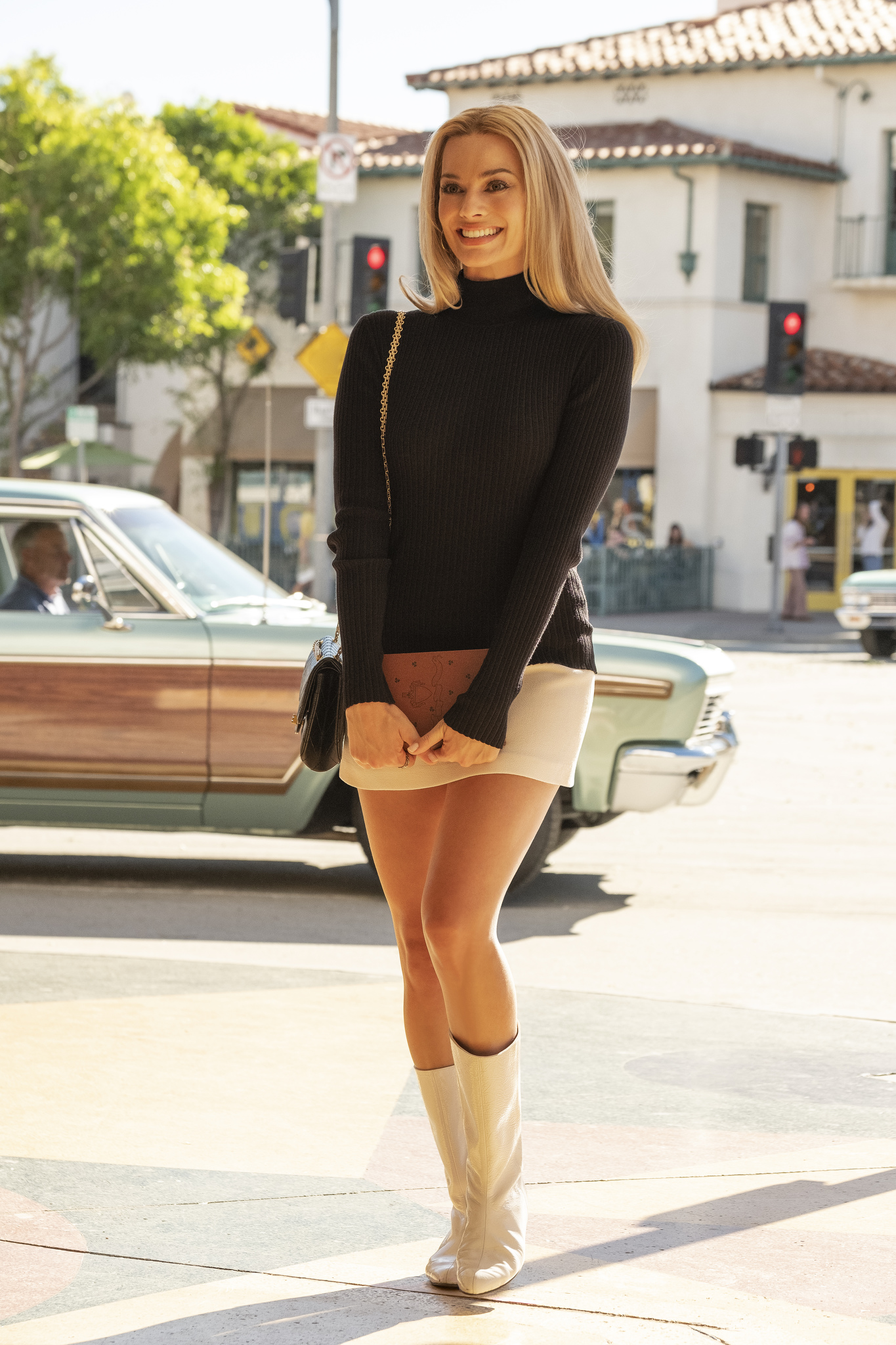 Margot Robbie stars in ONCE UPON TIME IN HOLLYWOOD,
