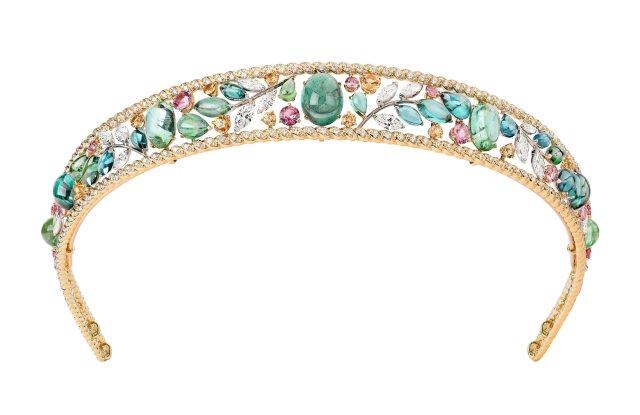 Chanel's Blé Maria tiara