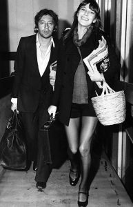Serge Gainsbourg and Jane Birkin with one of the bags
