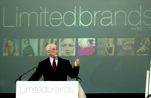 WEXNER Founder, chairman and CEO of The Limited, Inc., Les Wexner, unveils the company's new name, during the Annual Meeting at The Limited, Inc. headquarters in Columbus, Ohio. The company's new name is now Limited BrandsEARNS LIMITED, COLUMBUS, USA