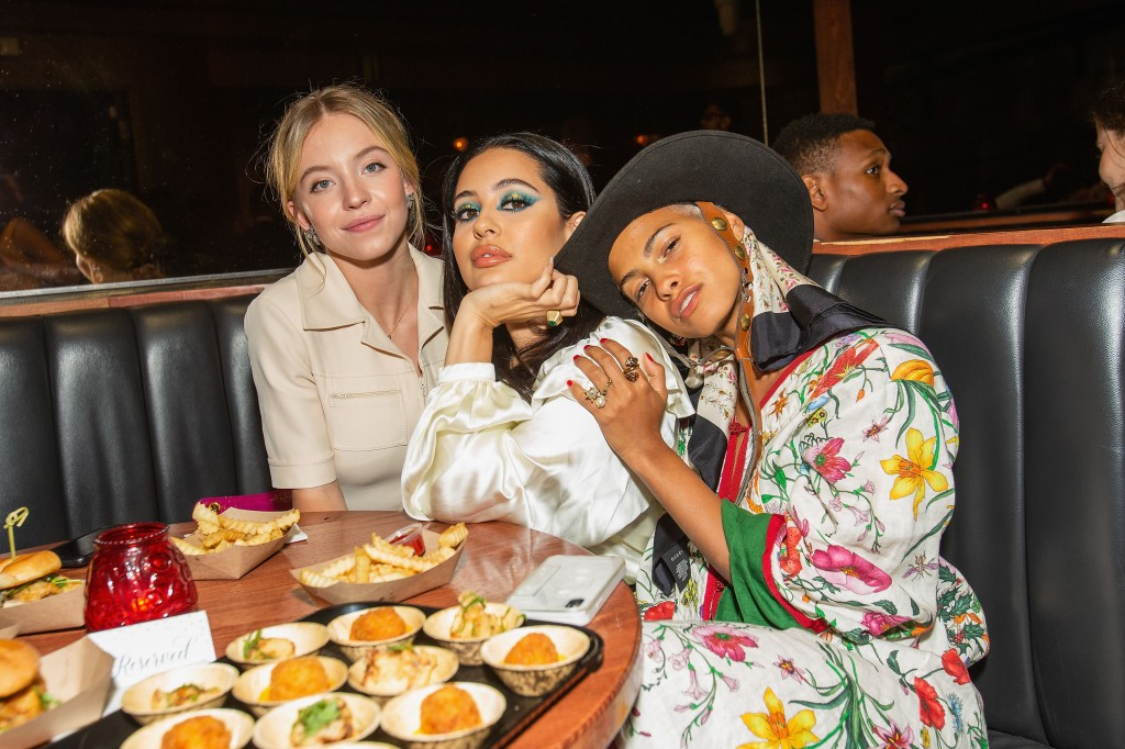 SEATTLE, WASHINGTON - AUGUST 14: Sydney Sweeney, Alexa Demie, and Kota Eberhardt attend an event hosted by GUCCI and Nordstrom at Barboza on August 14, 2019 in Seattle, Washington. (Photo by Suzi Pratt/Getty Images for Nordstrom)