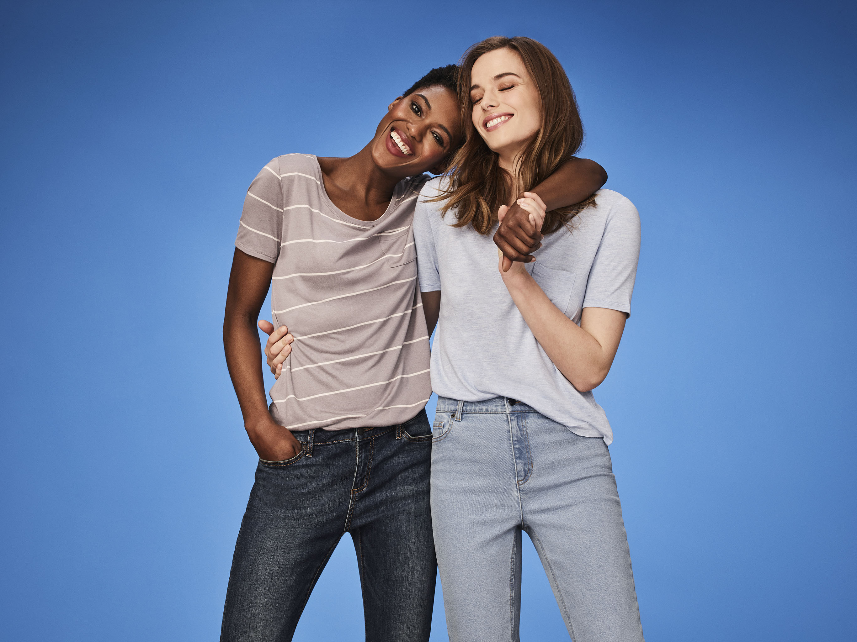 Affordable contemporary styles from Joe Fresh.