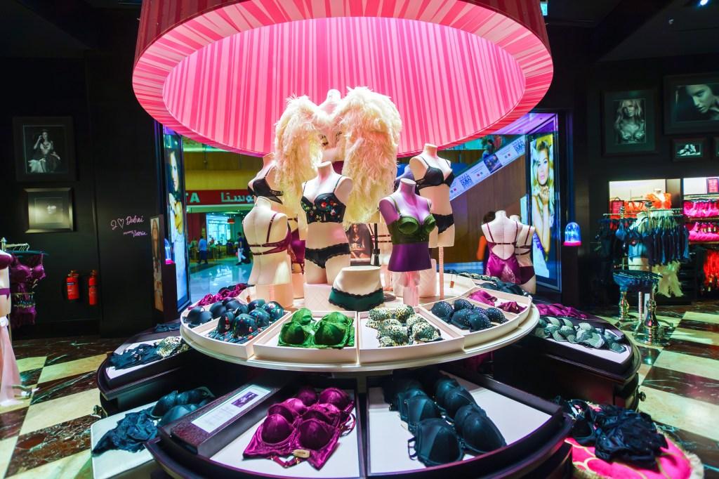 Victoria's Secret interior store