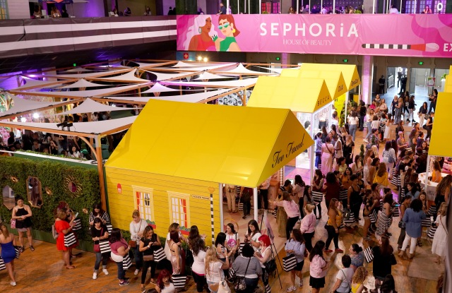 LOS ANGELES, CALIFORNIA - SEPTEMBER 07: A view of the atmosphere at SEPHORiA: House of Beauty  Day One at The Shrine Auditorium on September 07, 2019 in Los Angeles, California. (Photo by Presley Ann/Getty Images for Sephora)