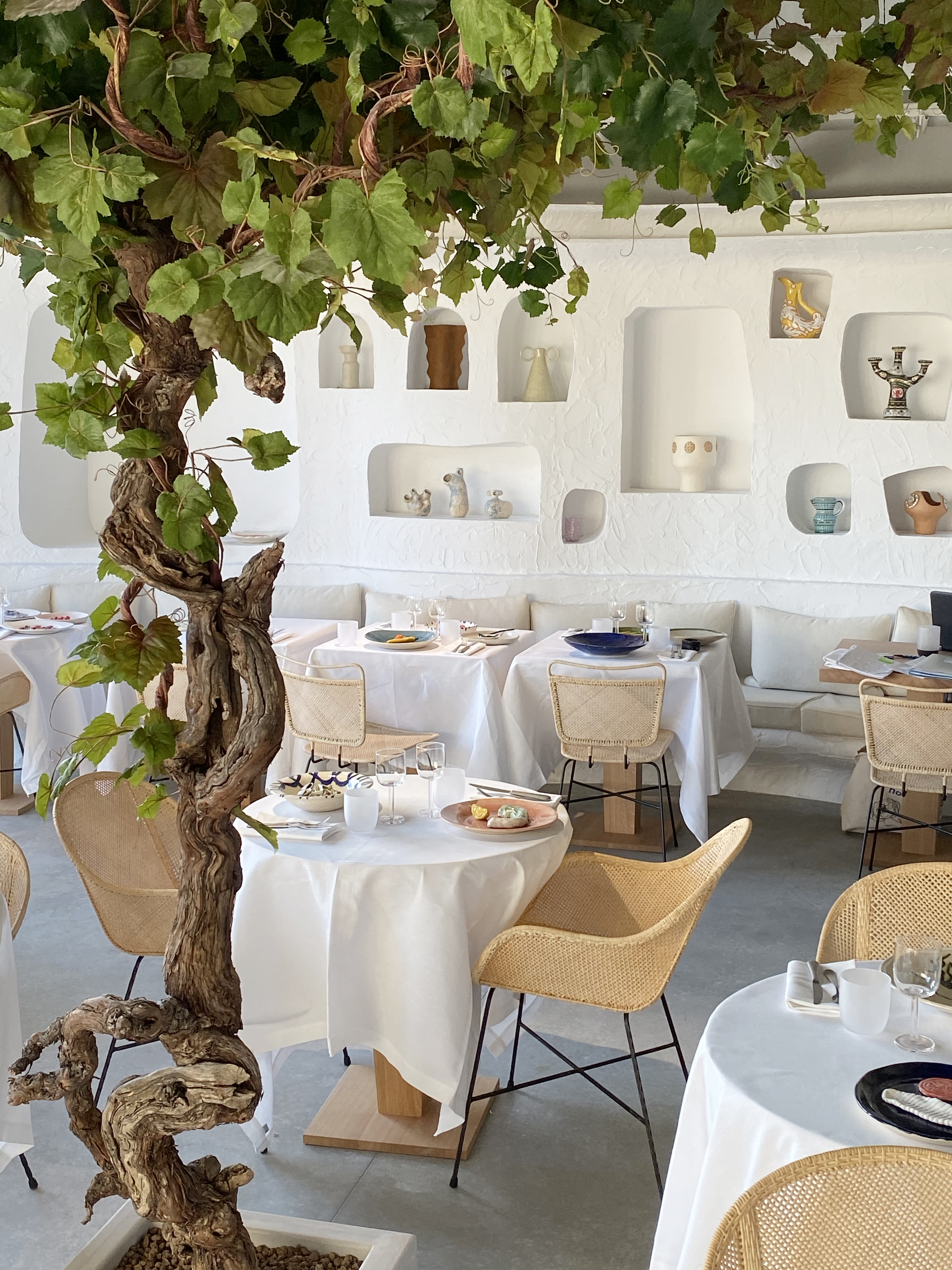 The Oursin restaurant by Jacquemus