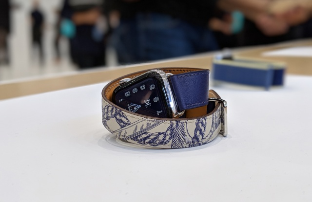The latest version of Hermès' Apple Watch Series 5.