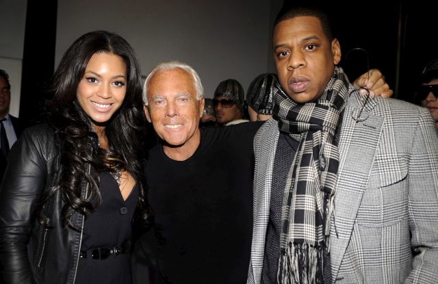 Us Singer Beyonce (r) Her Partner Us Musician Jay Z (l) and Italian Designer Giorgio Armani (c) Pose For Photographers During the Autumn/winter 2008/09 Emporio Armani Fashion Show in Milan Italy 12 January 2008 the Milan Men' S Fashion Week Last Until 18 January Italy MilanItaly Fashion - Jan 2008
