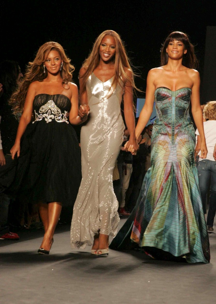 Photos of Beyoncé at Fashion Week