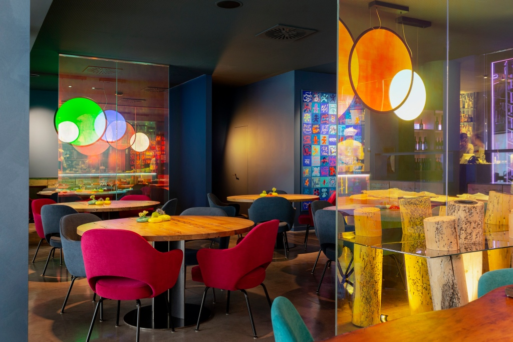 The Viva by Viviana Varese restaurant inside the Eataly food court.