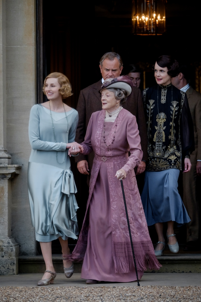 4127_D019_00107_RC(l-r.) Laura Carmichael stars as Lady Hexham, Maggie Smith as The Dowager Countess of Grantham, Hugh Bonneville as Lord Grantham, Allen Leech as Tom Branson and Elizabeth McGovern as Lady Grantham in DOWNTON ABBEY, a Focus Features release. Credit: Jaap Buitendijk / Focus Features