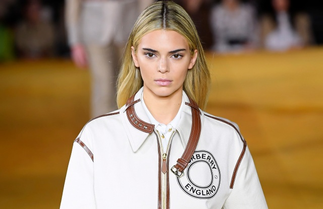 Kendall Jenner Debuts Blonde Hair at London Fashion Week