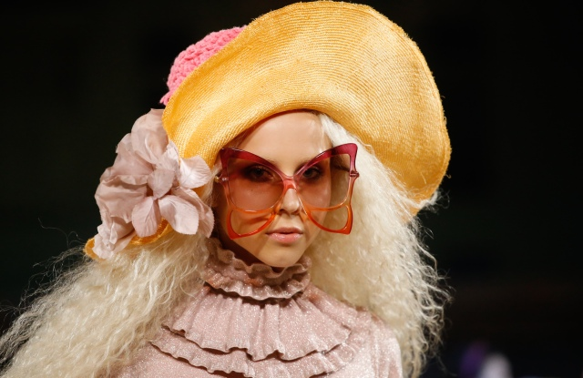 Details at Marc Jacobs RTW Spring 2020