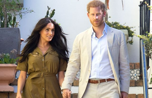 Meghan Duchess of Sussex and Prince HarryPrince Harry and Meghan Duchess of Sussex visit to Africa - 24 Sep 2019A public walkabout through the colourful and multicultural neighbourhood of Bo-Kaap in Cape Town