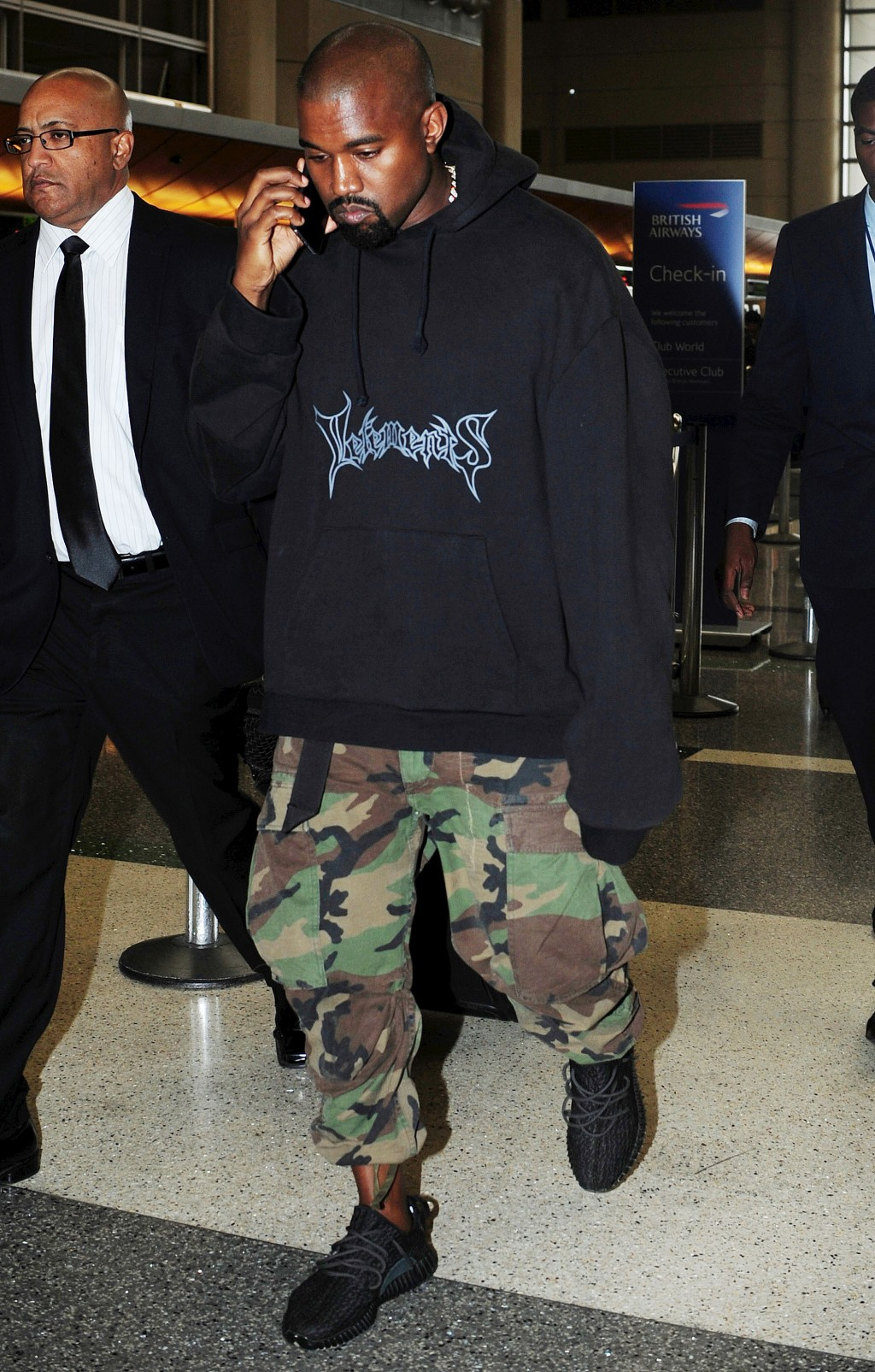 Kanye WestKanye West at LAX airport, Los Angeles, America - 06 Jul 2015 Kanye West departs from the Los Angeles International Airport