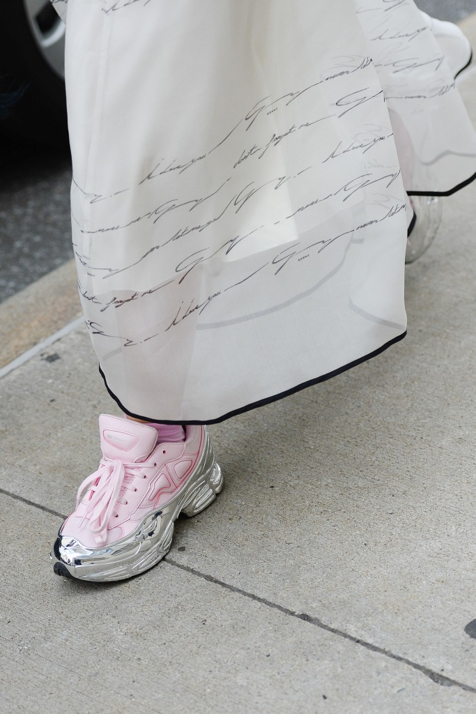 Fashion Week Street Style Spring Outfit Ideas NYFW 2020