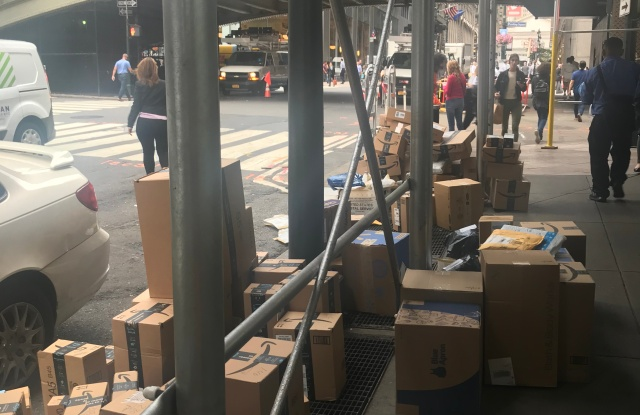 Amazon, returns, packages, label, shopping
