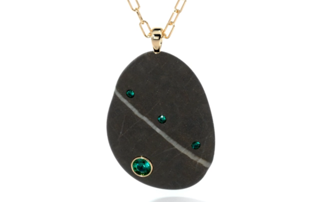 An example of Pietra's realistic 3-D rendering tool for CVC Stones.