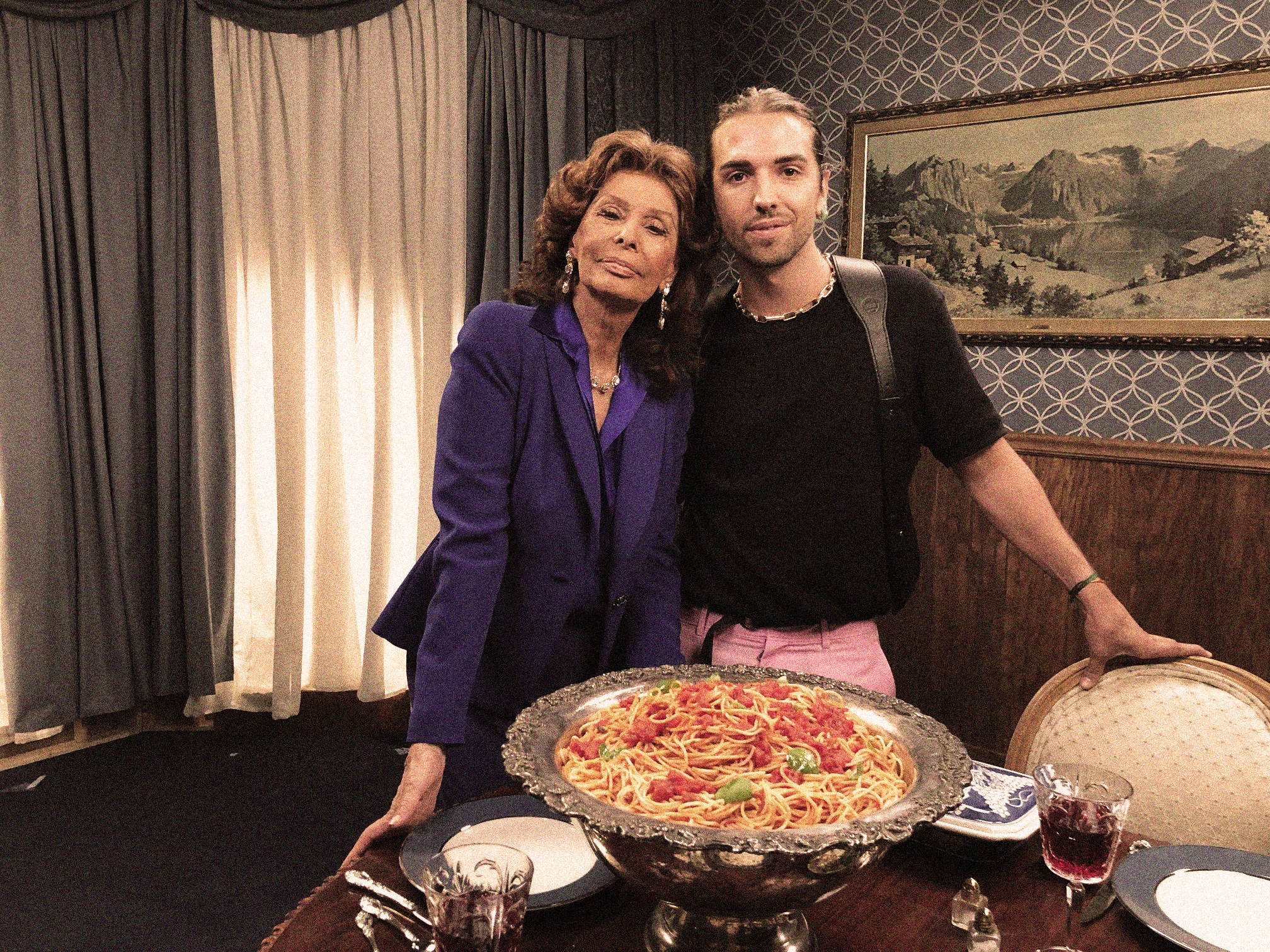 """Sophia Loren and Giuliano Calza in the backstage of the """"Dinner's Ready"""" short movie."""