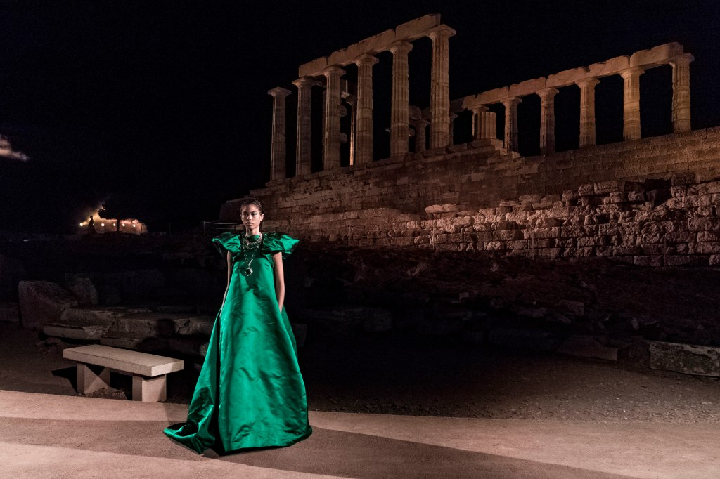 A look from the Mary Katrantzou spring 2020 show at the Temple of Poseidon