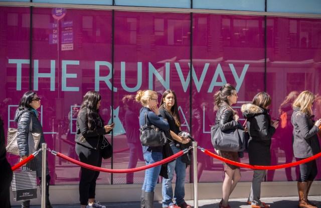 Rent the Runway, customer, rental, shopping online