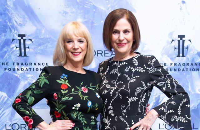 Carol Hamilton, Linda Levy